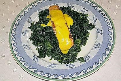 Gebratener Lachs auf Grünkohl mit Zitronensenfsauce 7