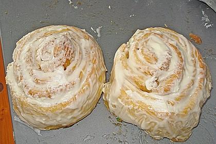 Cinnabon Rolls 7