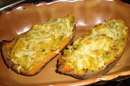 Gefüllte Süßkartoffeln mit Erbsen und Käse 2