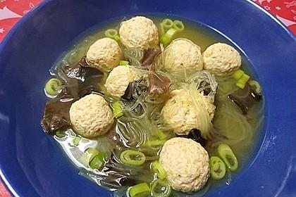 Fleischklößchensuppe wie beim Chinesen