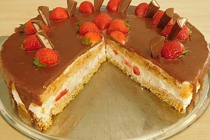 Erdbeer-Yogurette-Torte 2
