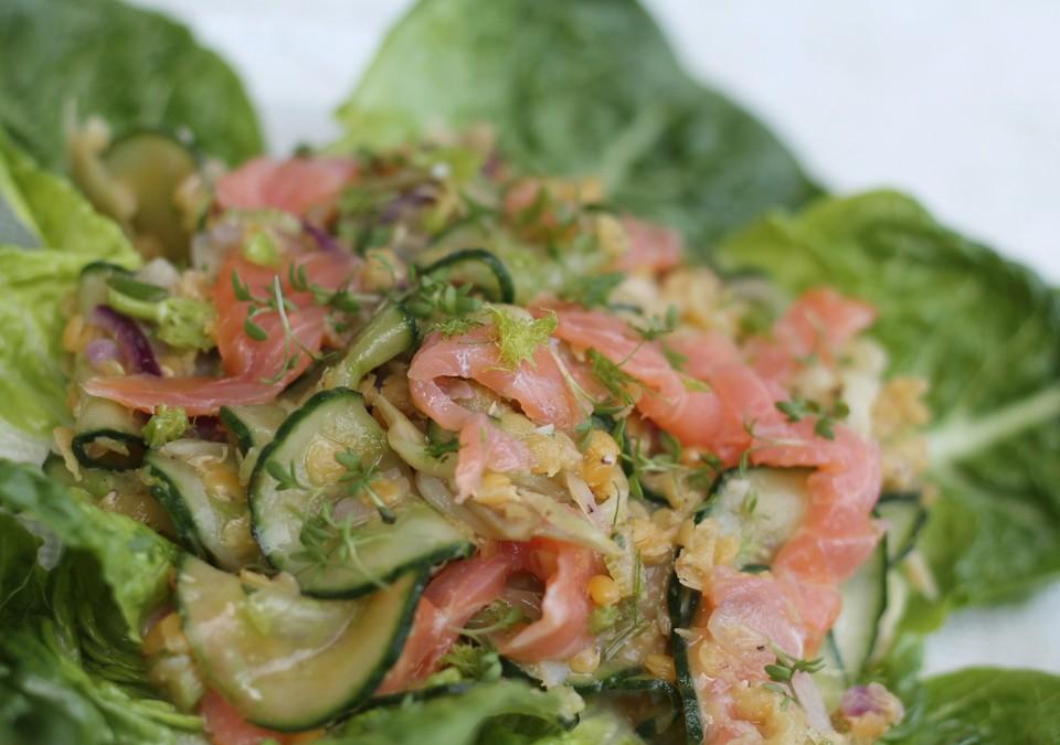 Sommerküche Chefkoch : Linsen lachs salat mit fenchel und gurke von glorfinniel chefkoch