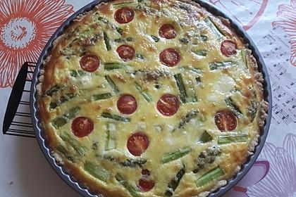 Quiche mit grünem Spargel und Kirschtomaten 1