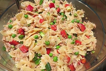Käse-Thunfisch-Nudelsalat ohne Mayonnaise (Bild)