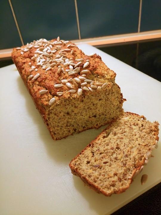 Low Carb Brot Mit Kokosmehl Und Gemuse Von Frau B Chefkoch De