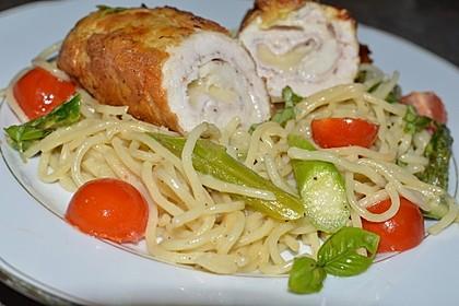 Hähnchenbrust im Parmesanteig mit Spargelnudeln 2