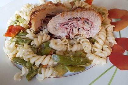 Hähnchenbrust im Parmesanteig mit Spargelnudeln 3