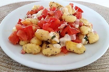 Tomaten-Gnocchi-Auflauf