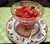 Gezuckerte Erdbeeren nach Uromas Art (Bild)
