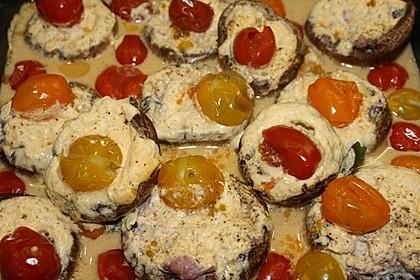 Champignons, gefüllt mit Zwiebelmettwurst