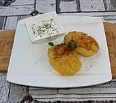 Quetschkartoffeln mit Chili und Kräutersalz (Bild)