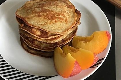 Saftige Pancakes ohne Mehl und Zucker