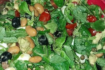 Allerlei-Salat mit Honig-Senf-Dressing