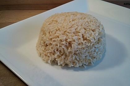 Reis einfach im Backofen mitgaren (Bild)