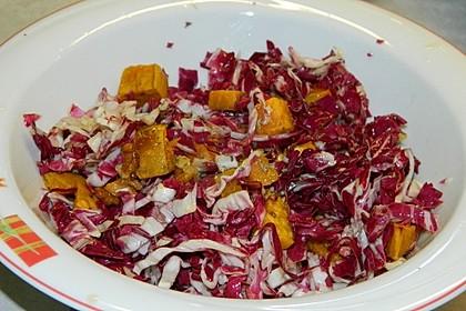 Salat aus gerösteten Süßkartoffeln und Walnüssen mit frischer Minze 2