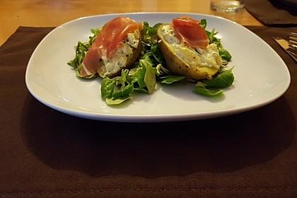 Gorgonzola-Kartoffeln an Salat
