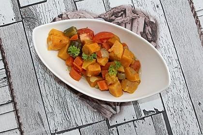 Süßkartoffel-Tomaten-Gemüse à la Gabi