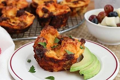 Herzhafte Frühstücksmuffins (Bild)