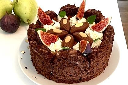 Birnen-Schokoladenmousse-Charlotte