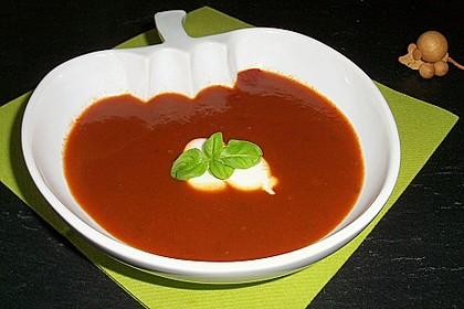 Tomatensuppe mit Paprika