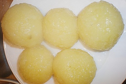 Kartoffelknödel 24