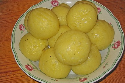 Kartoffelknödel 17