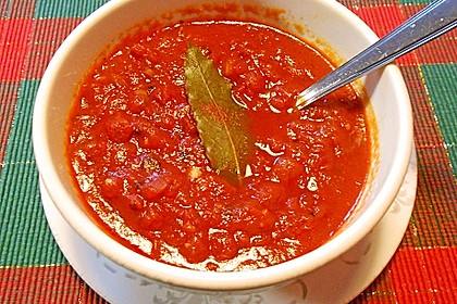 Tomatensoße für Pizza 13