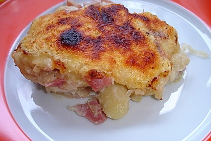 Gnocchi mit Sauerkraut und Kochschinken
