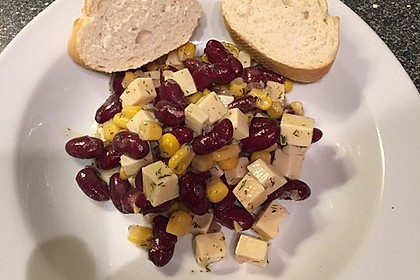 Partysalat mit Honig-Senf-Dressing