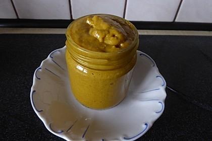 Curry-Mandel-Mangochutney-Sauce