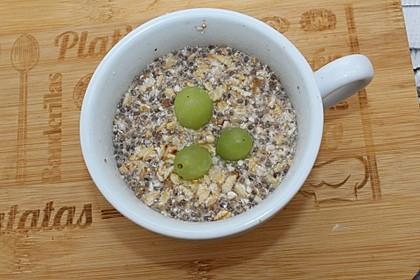 Vollwertiges Frühstücksporridge oder -müsli