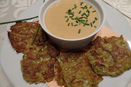 Rote Linsen-Kokos-Suppe mit Kartoffel-Lauch-Rösti