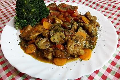 Gemüse-Hähnchen-Pfanne Low Carb