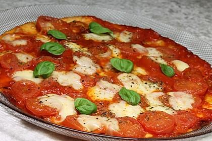 Pfannenpizza mit Mozzarella 1