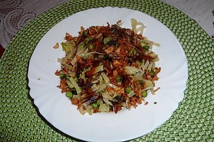 Brokkoli-Sellerie-Erbsen-Gemüsebeilage (Bild)