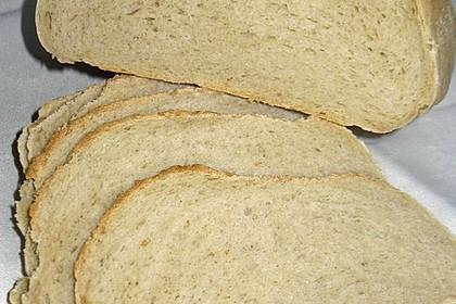 Weizenmischbrot in geschlossener Auflaufform 1