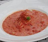 Tomatensuppe mit Kokosmilch (Bild)
