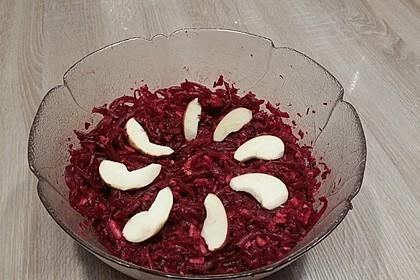 Rote Bete-Apfel-Walnuss-Salat