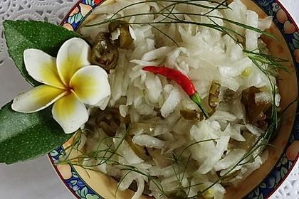 Exotisch-scharfer Rettichsalat (Bild)