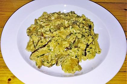 Risotto mit Champignons, Austern-, Shiitake- und Steinpilzen (Bild)