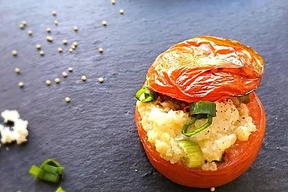 Gefüllte Tomaten - mit Hirse und Feta