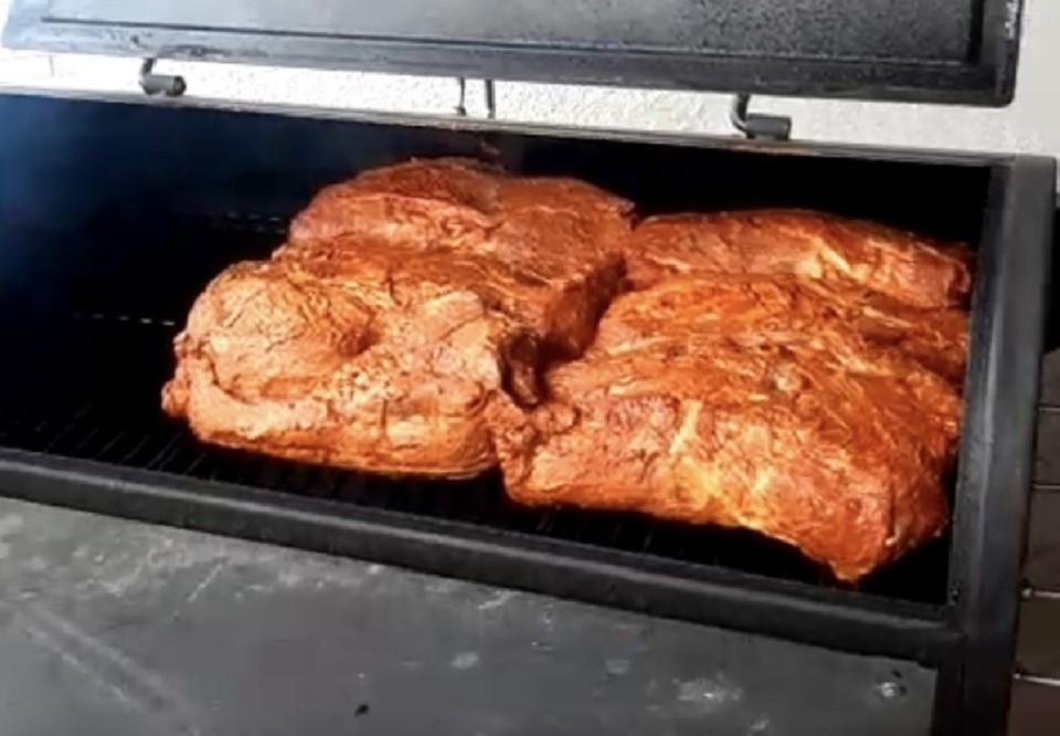 Pulled Pork Im Gasgrill Rezept : Pulled pork von wolfgang4870 chefkoch