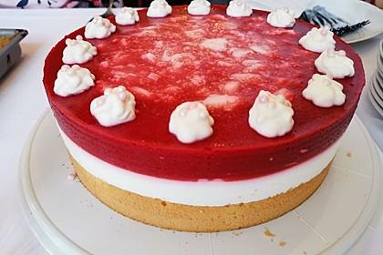 Himbeer- oder Erdbeer-Joghurt-Torte