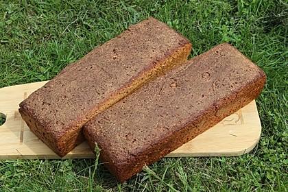 Einkorn-Weizen-Vollkorn-Sauerteig-Brot mit Amarant, Leinsamen und Buttermilch
