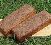 Einkorn-Weizen-Vollkorn-Sauerteig-Brot mit Amarant, Leinsamen und Buttermilch (Bild)