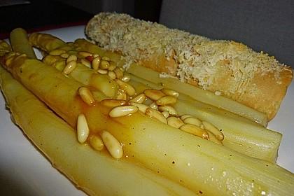 Gebratener Spargel mit Honig und Ziegenfrischkäse - Crêpes (Bild)