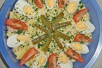 Omas bester Kartoffelsalat mit Mayonnaise 24