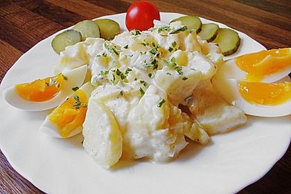 Omas bester Kartoffelsalat mit Mayonnaise 10
