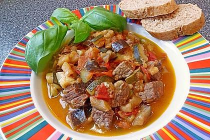 Gulaschpfanne mit Schmorgemüse