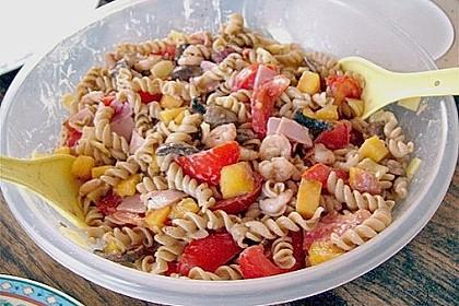 Sommerlicher Picknicksalat